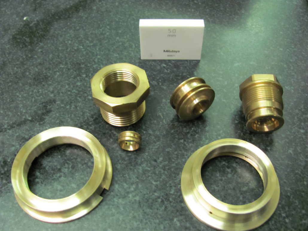 Miscellaneous items made of brass